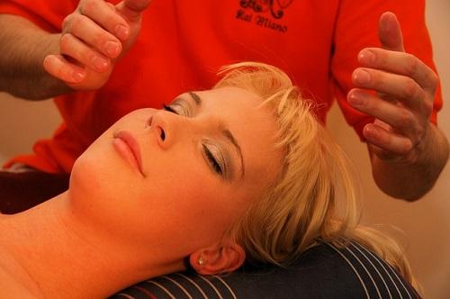 massasje slappe av med reiki